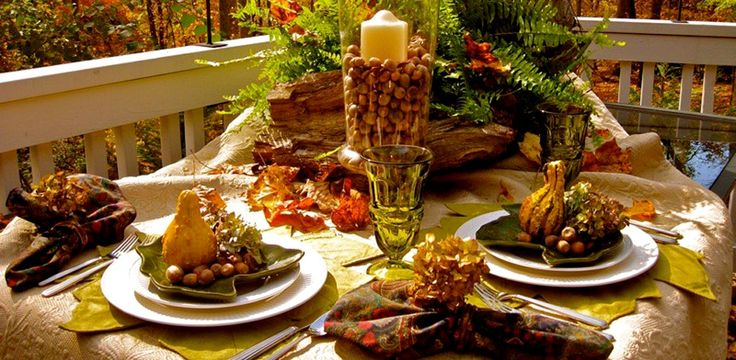 Decorating Place Settings Of Table