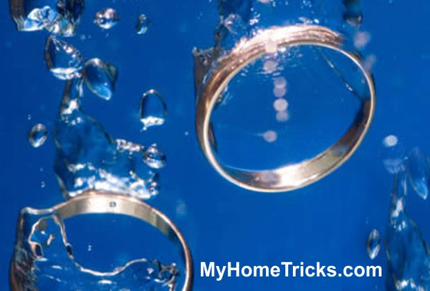 Jewelry cleaning -- myhometricks.com